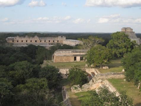 Panorama de Uxmal desde el Templo Mayor